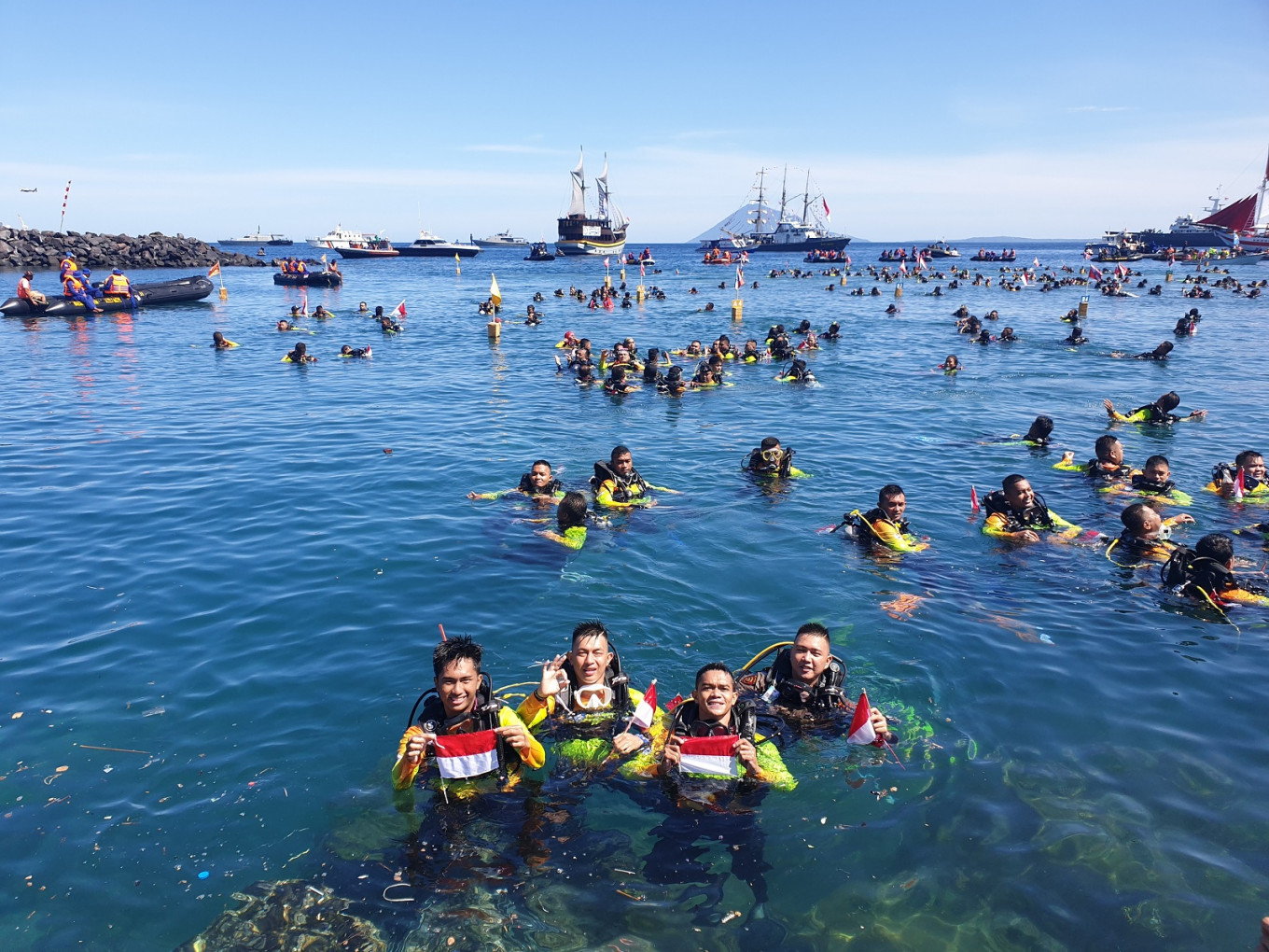 Three diving world records broken in Manado