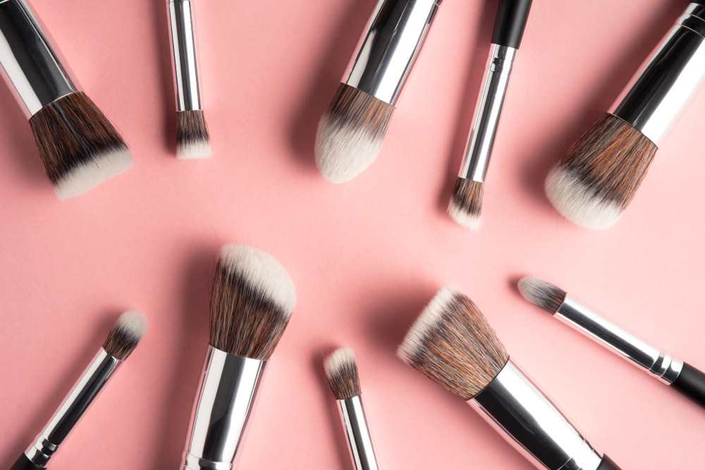 Glow at home: Beauty industry remakes product pitches in the age of coronavirus