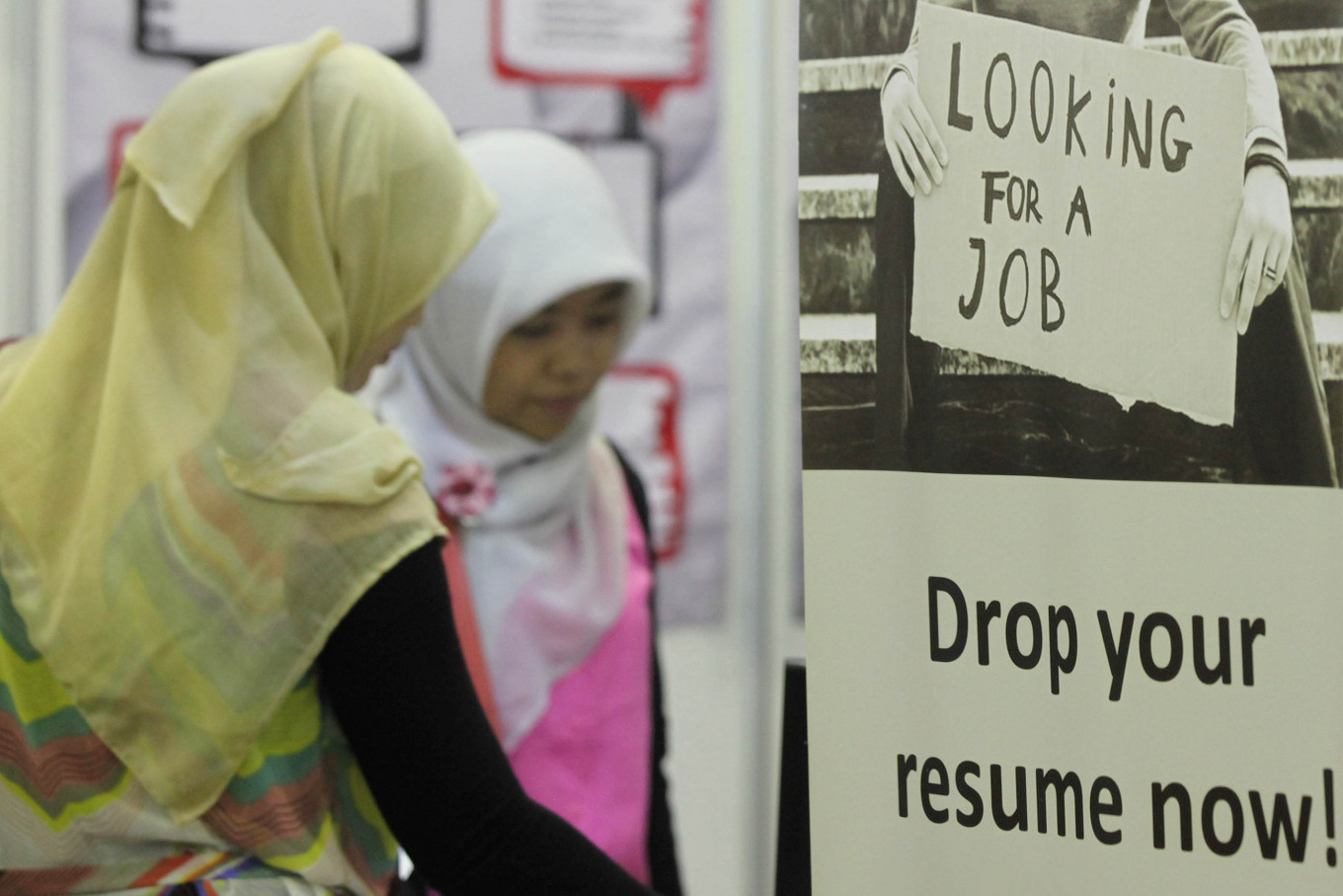Indonesia's unemployment numbers rise to 6.88 million in February