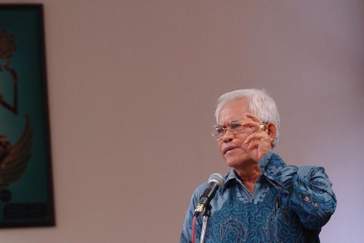 Kompas Gramedia cofounder Swantoro dies at 87