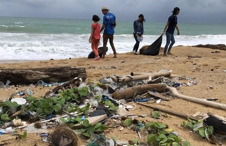 Waste goes global: Instagrammer documents Indonesian debris found on Phuket beach
