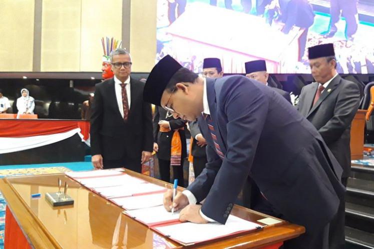 Jakarta eyes higher 2020 budget priority for sidewalks, pollution control