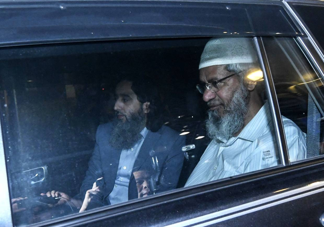 Indian Muslim preacher Zakir Naik undergoes 10 hours of questioning in Malaysia