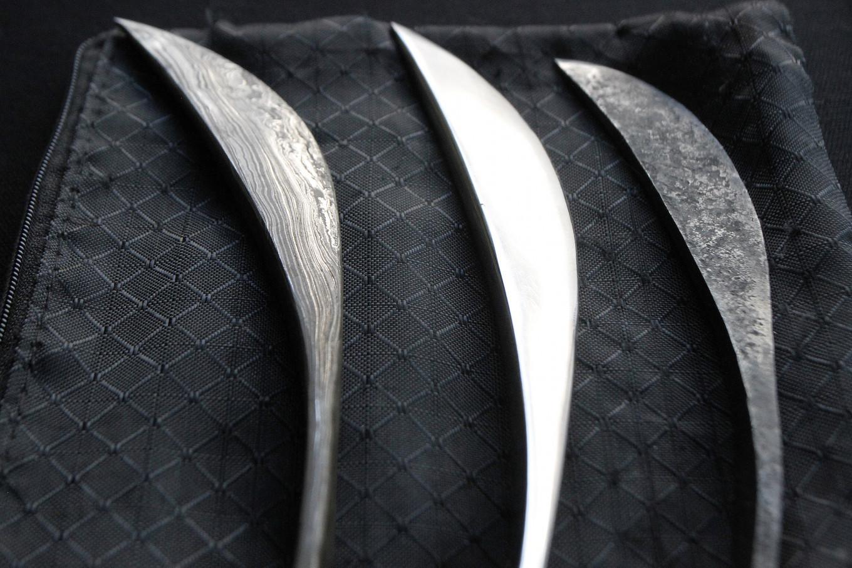 A pisau pangot (pangot knife) is used by the Sundanese society to write on palm leaves.  JP/Arya Dipa