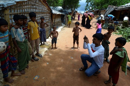 'I'm here 24/7': Rohingya youths share their stories on social media