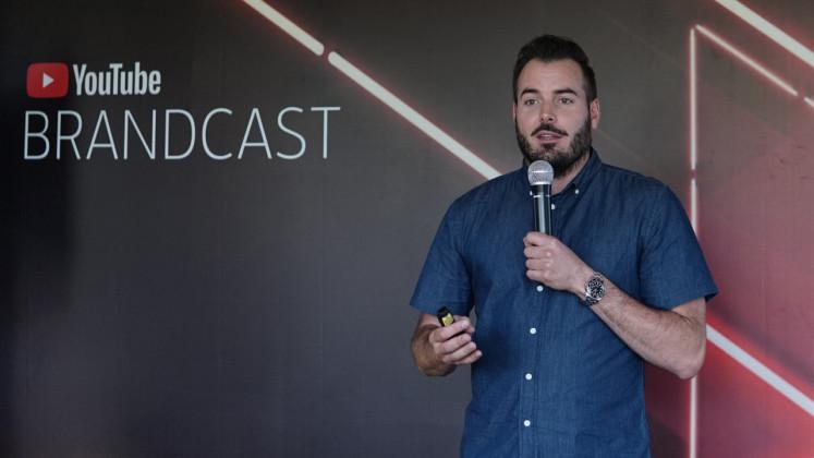 Buat dengan kepala Google, Ross Jauncey menjelaskan bagaimana platform bekerja selama suatu acara di Jakarta.