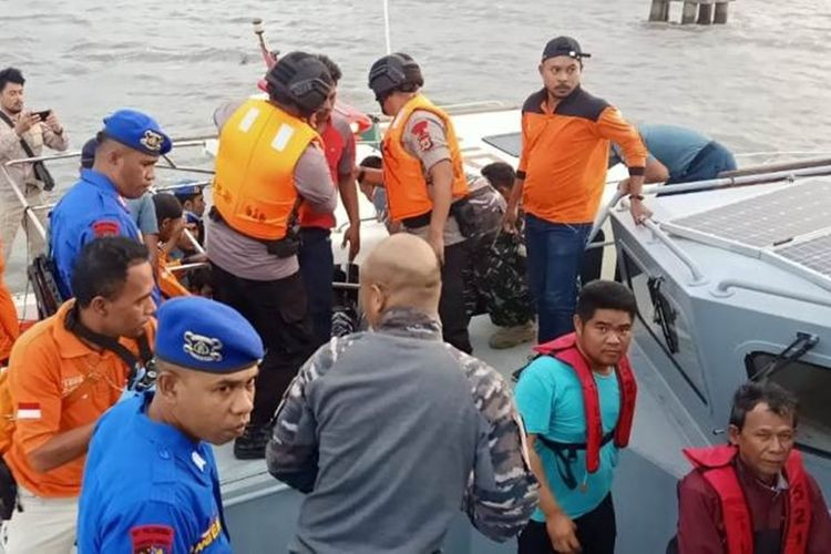23 crew members unaccounted for in ship attack