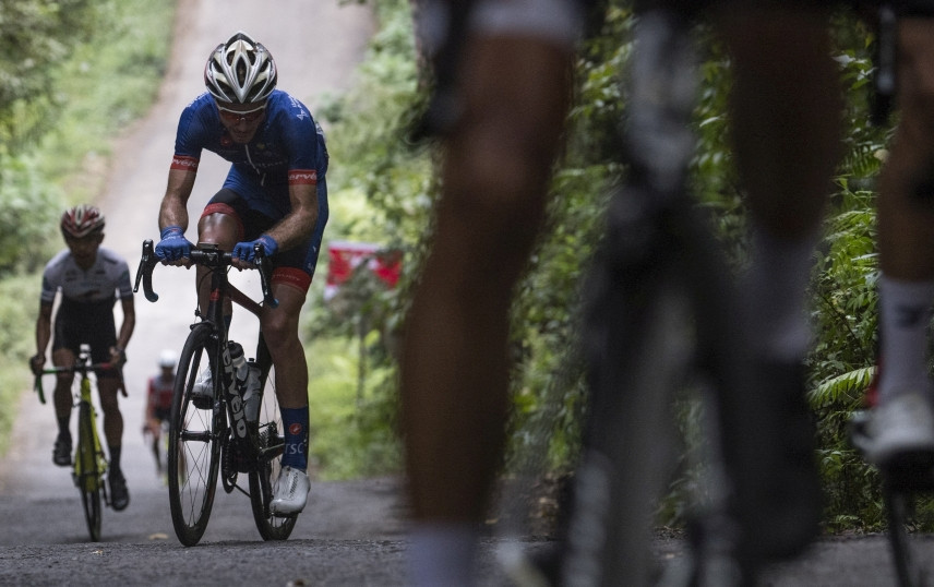 More teams quit racing as cycling season hit hard by virus