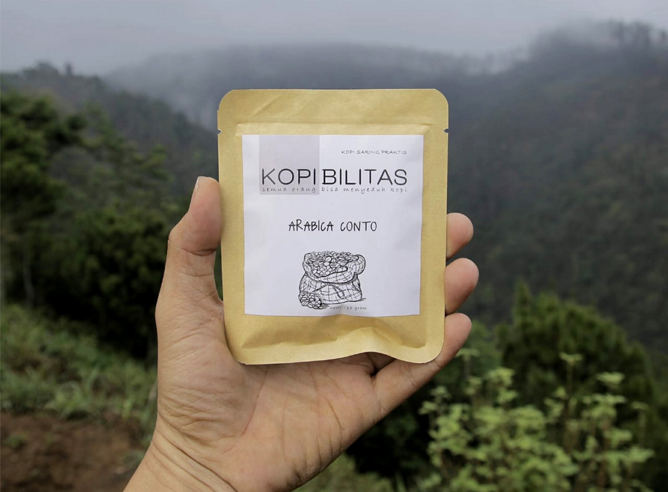 A packet of Arabica Conto of Wonogiri coffee.