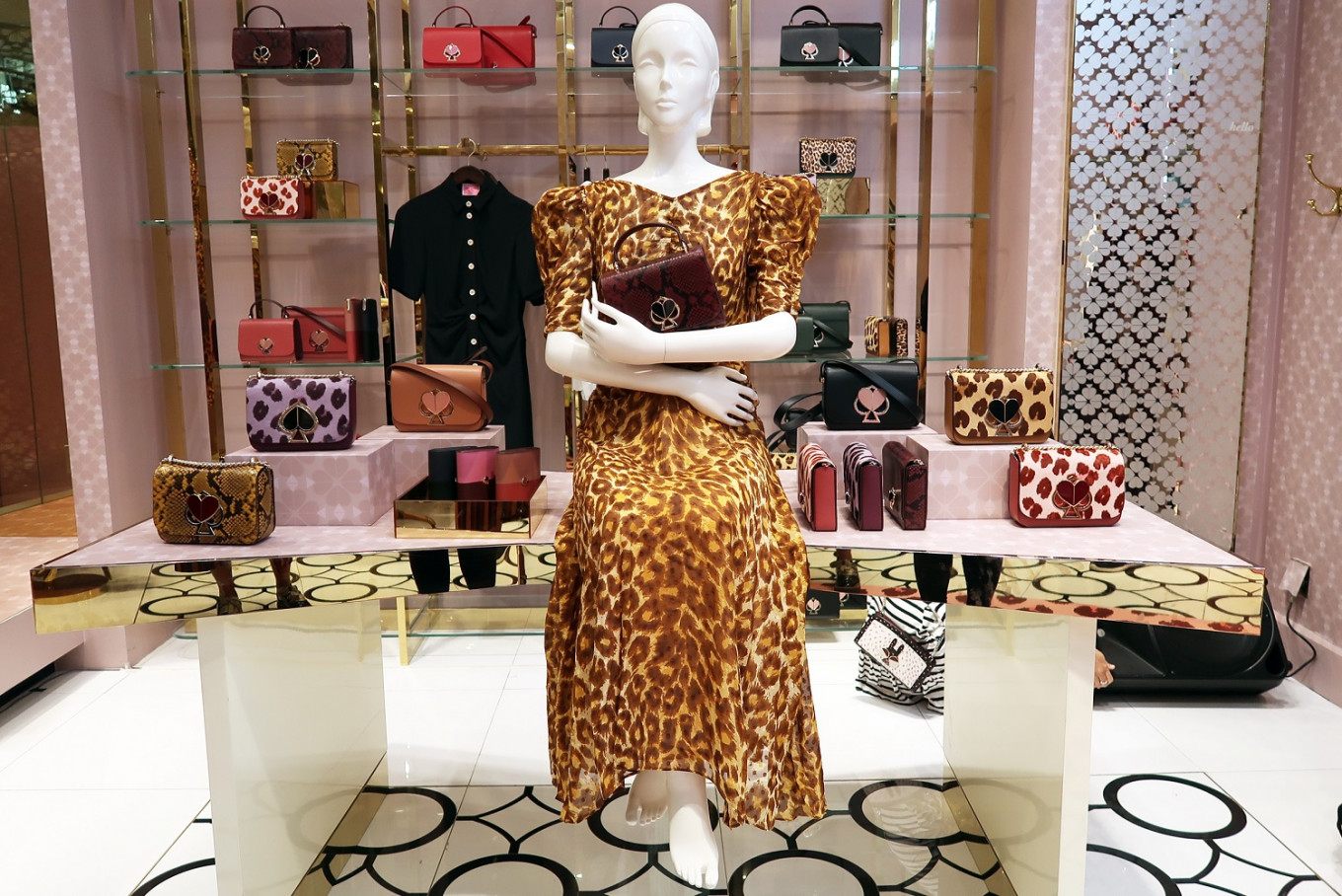 Kate Spade New York unveiled the fall 2019 collection in Plaza Senayan, Central Jakarta, on Aug. 28.