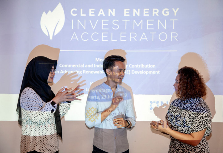 Good point: H&M regional sustainability manager Anya Sapphira (right), World Resources Institute (WRI) Indonesia climate and energy manager Almo Pradana (center) and Allotrope Partners country director Gina Lisdiani (left) share views during a recent forum.