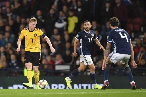 Refreshed De Bruyne helps Belgium outclass Scotland