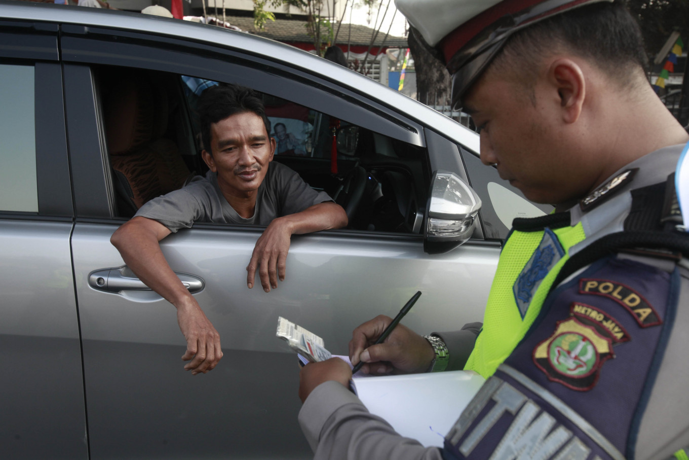 Jakarta to reimpose odd-even plate policy as traffic returns