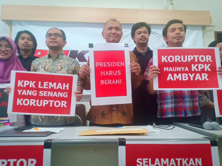 Antigraft researchers call on Jokowi to reject KPK Law revision