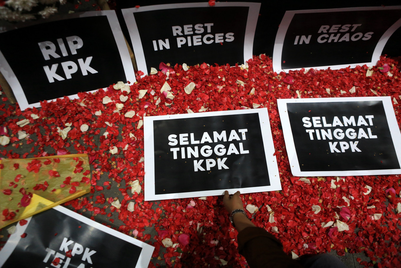 Who killed the KPK?