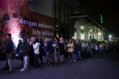 The queue to enter the festival. JP/Tarko Sudiarno