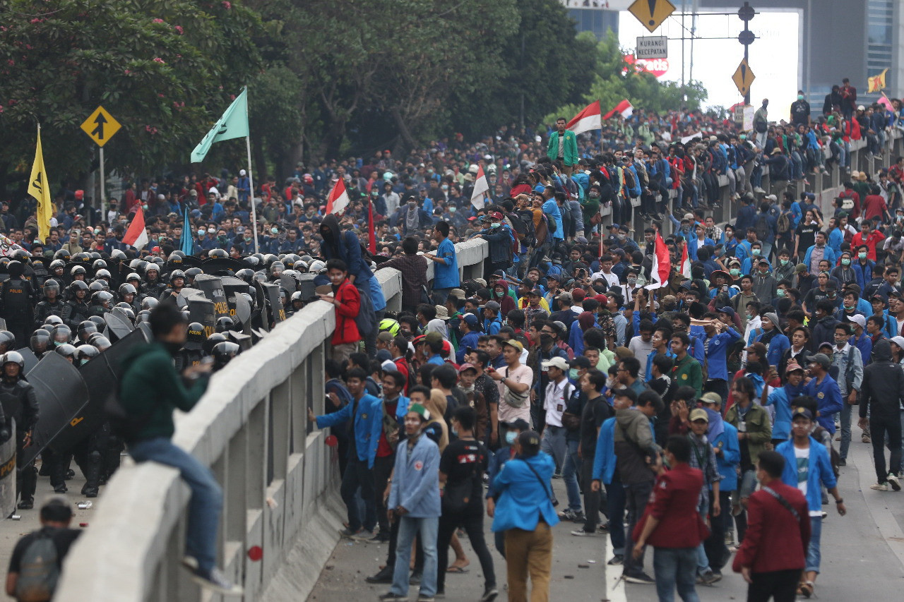 Students plan to return to streets, continue protest in capital