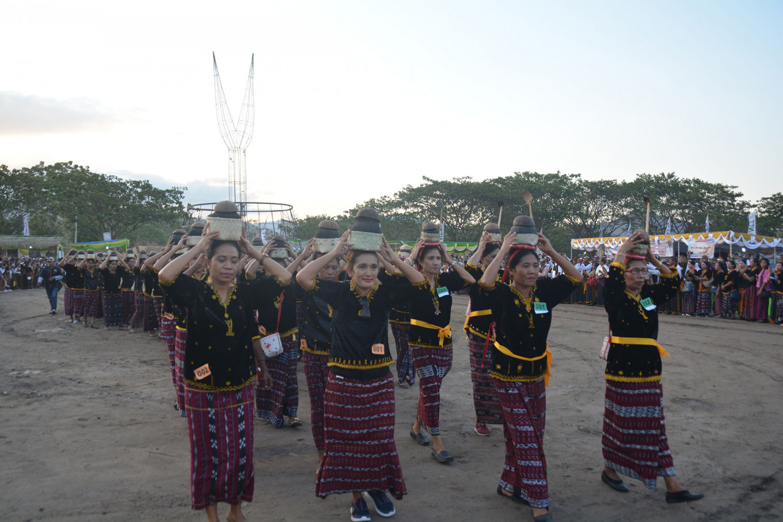 Parade revives East Nusa Tenggara's Ndora cuisine
