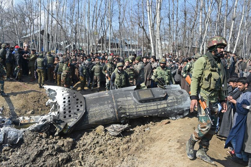 India admits friendly fire downed helicopter in Kashmir clash
