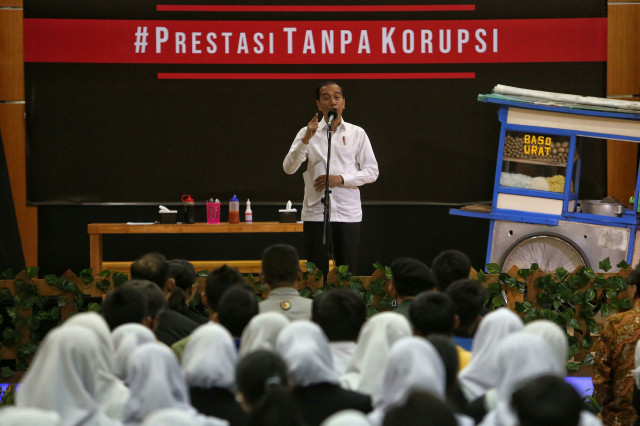 Voters 'disappointed' at controversial lawmaker's position on KPK law