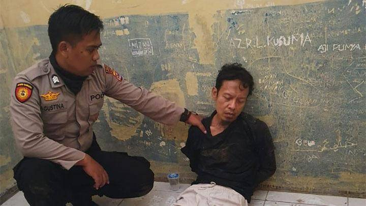 22 terrorist suspects held following Wiranto stabbing incident