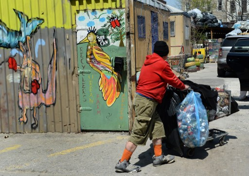 Plastic bottles vs aluminum cans: Who'll win the global water fight?