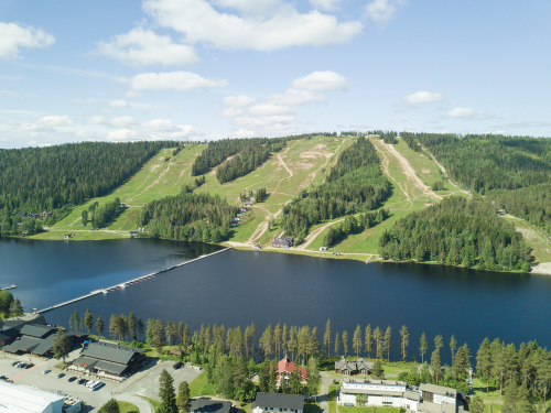 At new Finnish resort, your carbon footprint can lower the tab