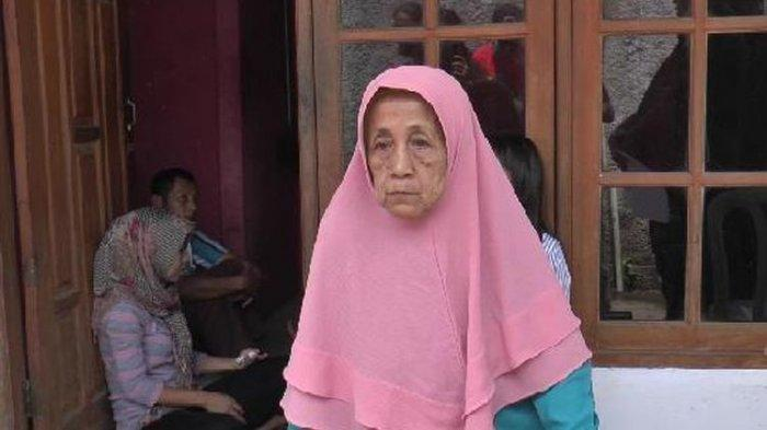Illiterate woman in Depok defrauded, sells house for Rp 300,000