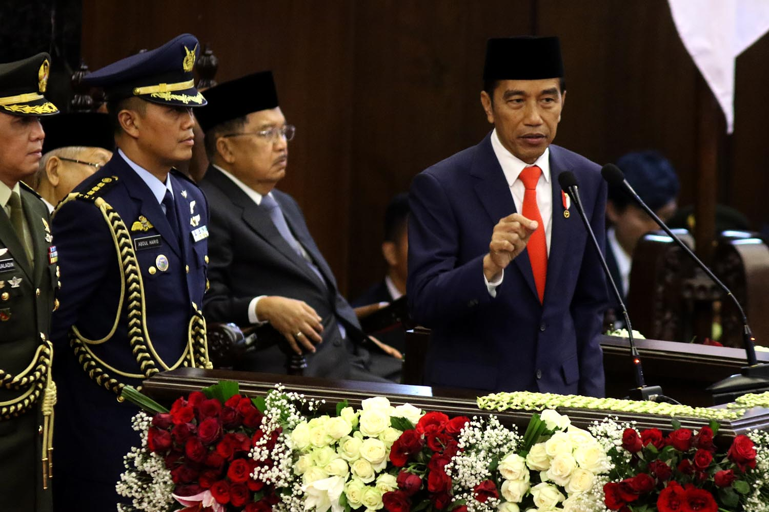 "President Joko ""Jokowi"" Widodo gives his inaugural address after taking the oath as Indonesian President for the period of 2019 to 2024 in a plenary session of the People's Consultative Assembly on Sunday. JP/Dhoni Setiawan"