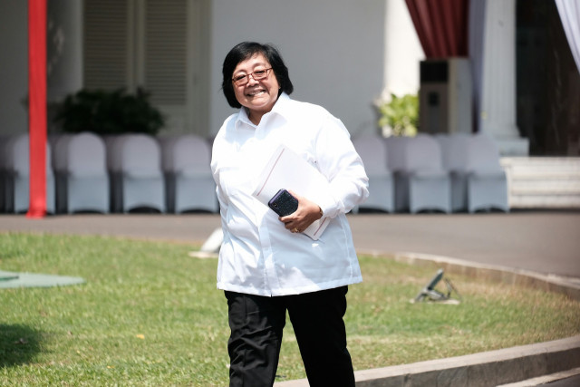Jokowi's new Cabinet: Siti Nurbaya keeps post as environment minister