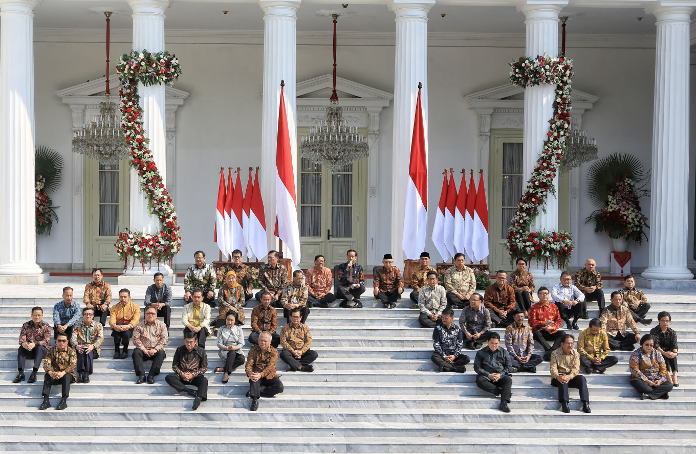 'Work fast, work hard,' Jokowi conveys hopes for his new Cabinet members