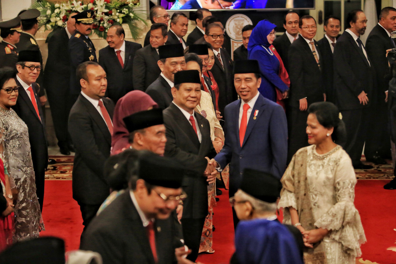 President Jokowi is an outsider, but why is his Cabinet full of insiders?