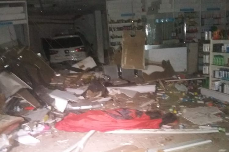 No signs of drugs in driver who crashed into South Jakarta pharmacy: Police
