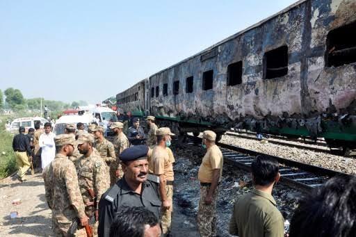 At least 71 killed in Pakistan train fire