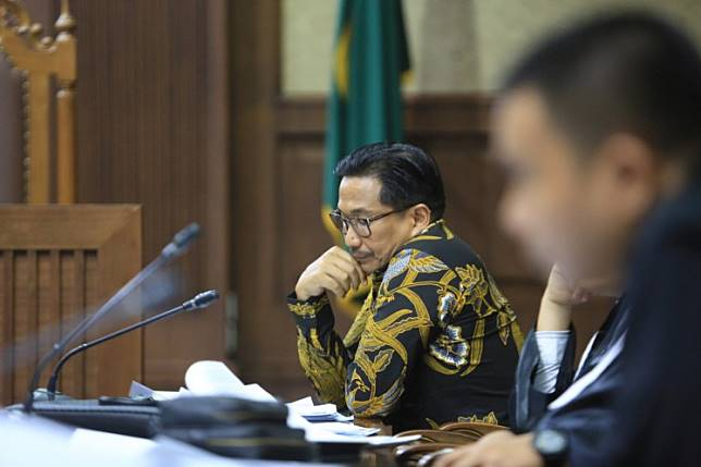 Seven years' imprisonment sought for former Golkar lawmaker in bribery, graft cases