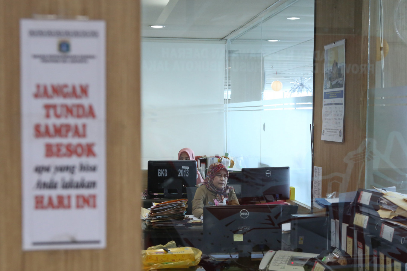 Jokowi's disruption of absurd design for bureaucratic reform