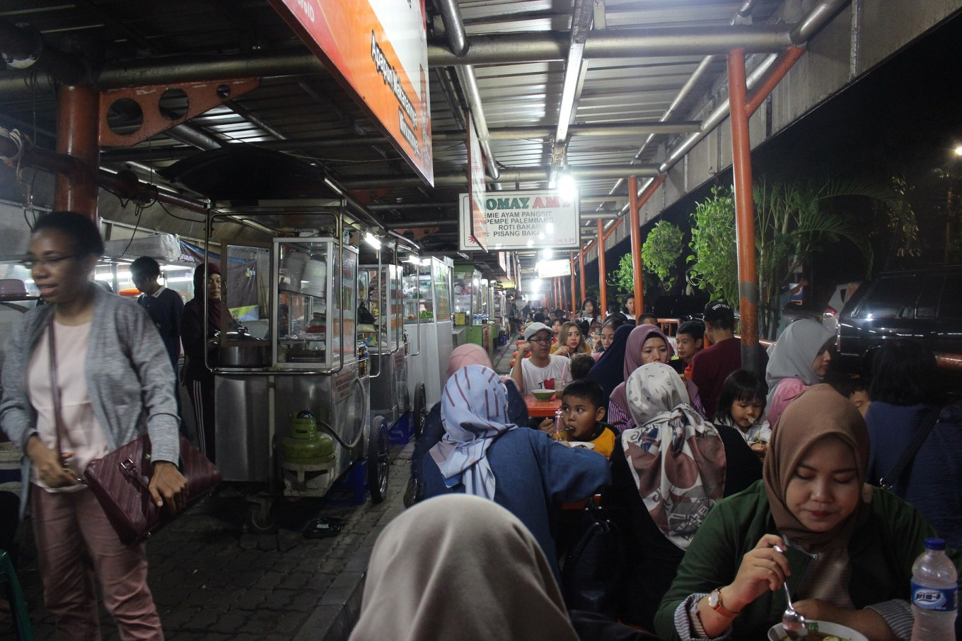 Dear Jakartans, here are some healthier street food options