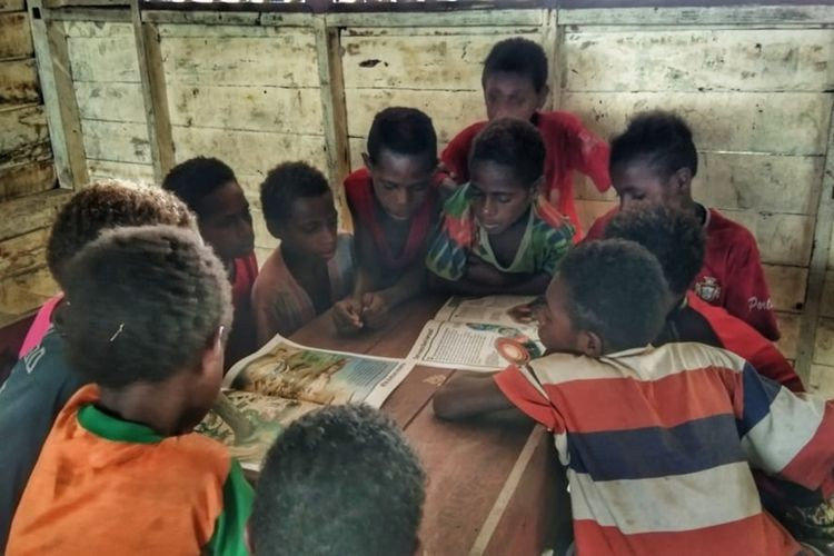 'Indonesia is not just Java': Teacher in rural Papua pleads with Nadiem to listen