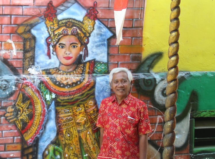 Colors brighten lives in kampung