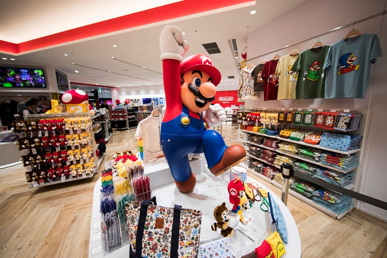Nintendo's Tokyo store isn't large enough for its fan base