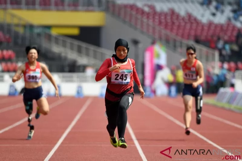 Indonesian track and field proteges Karisma, Zohri ...