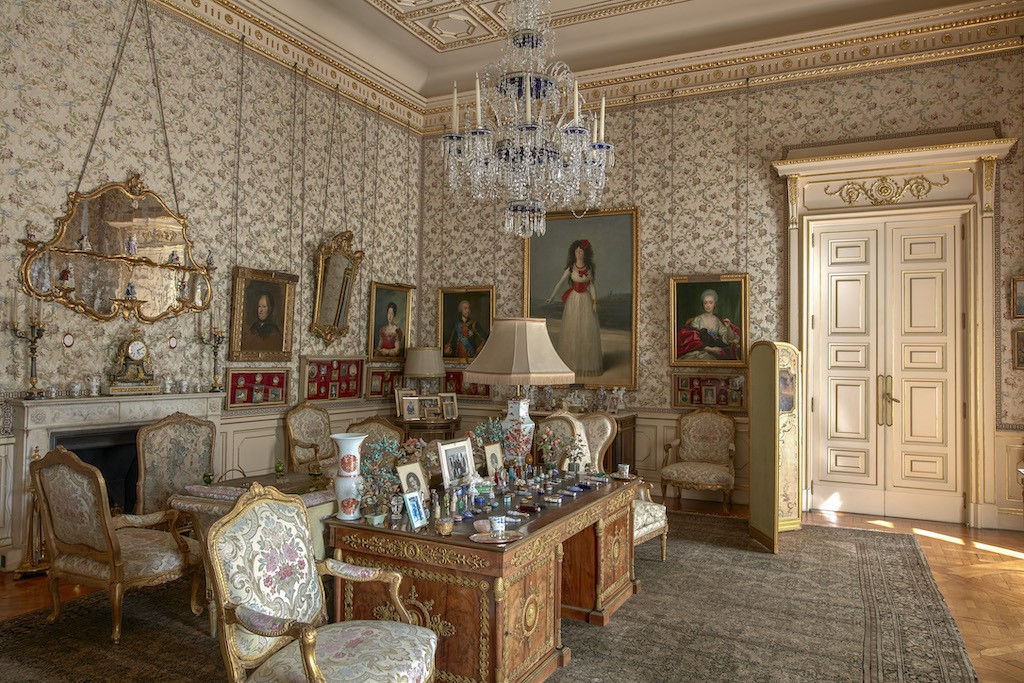 From Goya to Rubens, visitors marvel at Spanish duke's art-filled palace