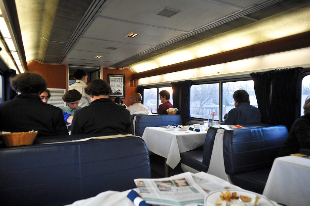 RIP Amtrak's dining car, a rolling delight