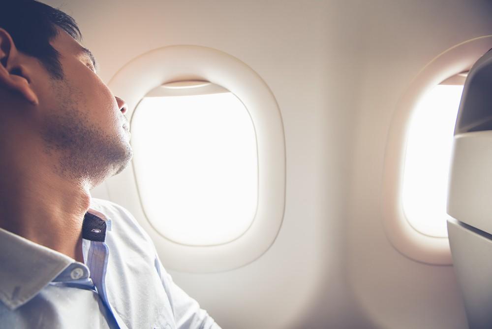 Top tips for a good flight's sleep