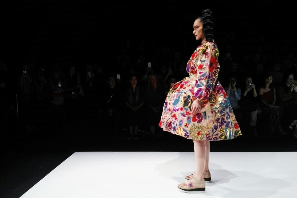 Mel Ahyar used social media behavior as her inspiration to create 16 looks in a collection titled Skins for the 2019 Dewi Fashion Knights.
