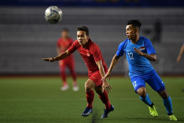 Indonesia clinches second game by defeating Singapore 2-0 despite slow start
