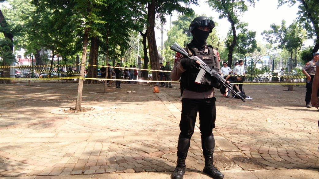 All smoke, no fire: Soldiers wounded by 'smoke grenade' at Monas, say police