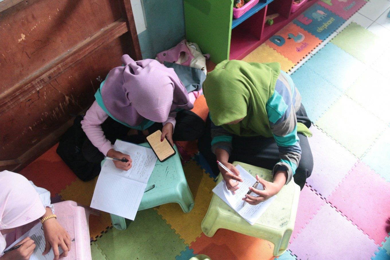 Learning center offers hope, education to children living 'under the bridge'