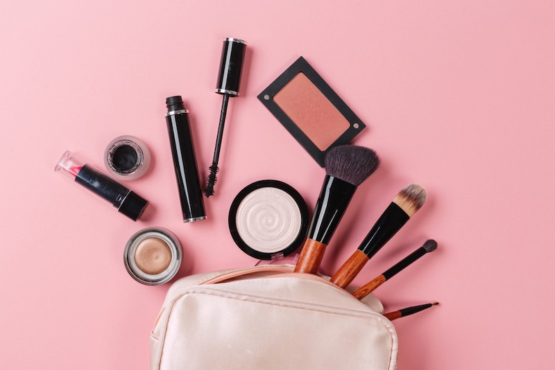 Keep Your Makeup Products Clean