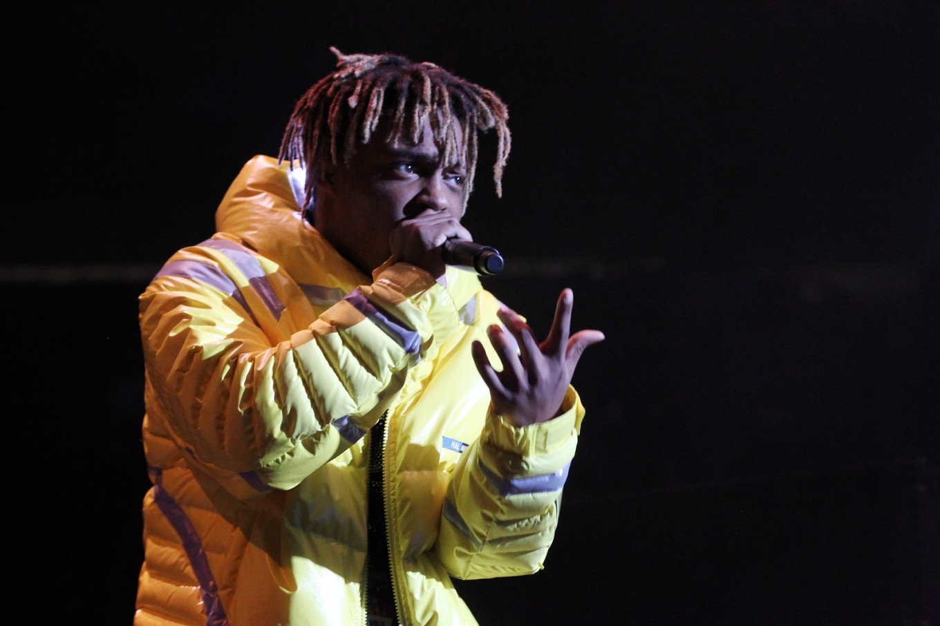 Rising US rap artist Juice WRLD dies at 21